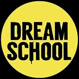 Screenshot van logo van het tv programma dreamschool